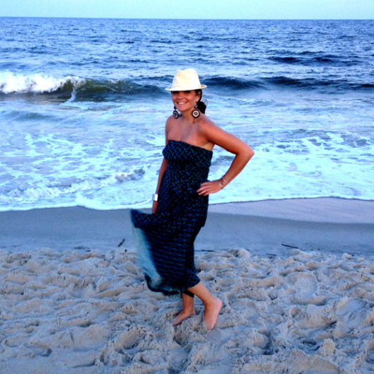 Von Vonni strapless at the beach